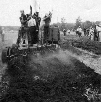 Manitoba History: Resurrecting a World of Hard Work: The