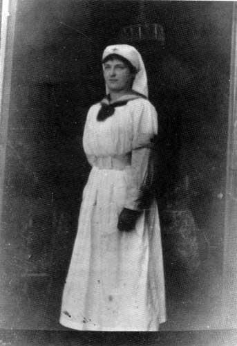 historical figurs of nursing Historical figures of nursing diane eugenio nur 391 january 20, 2013 tricia proctor historical figures of nursing florence nightingale and clara barton.