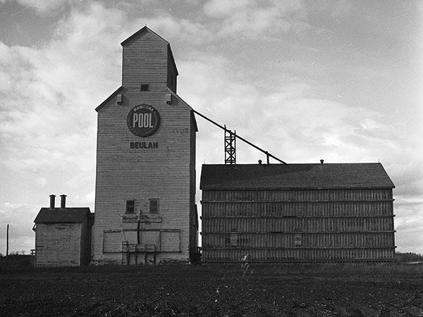 Historic Sites Of Manitoba Manitoba Pool Grain Elevator Beulah - Us grain elevator map