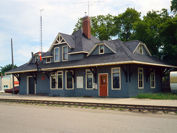 Canadian National Railway station at Carman