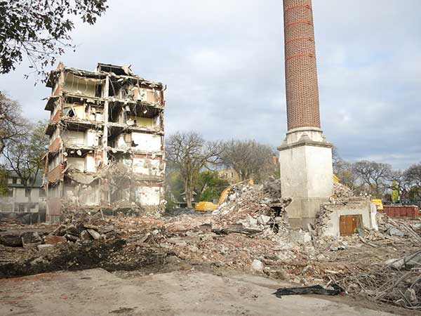 Demolition of the obstetrical wing of the former Grace Hospital