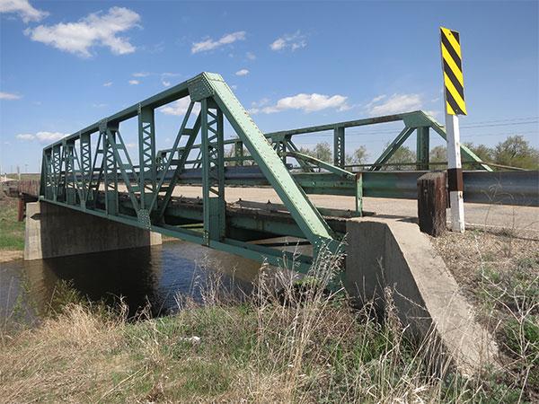 Historic Sites of Manitoba: Steel Pony Truss Bridge (Valley