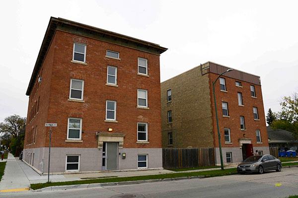 Historic Sites of Manitoba: Kelona Apartments / Kolbrun ...