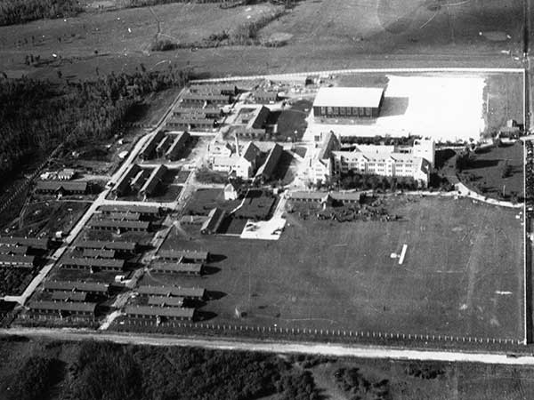 Aerial view of the Wireless School No. 3 during the Second World War