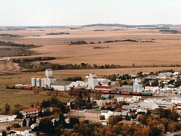 Historic Sites Of Manitoba Manitoba Pool Grain Elevator Delmar - Us grain elevator map