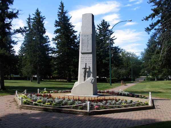 Virden (MB) Canada  city photos : ... Sites of Manitoba : Virden War Memorial Victoria Park, Virden